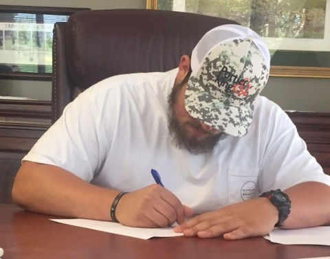 UGA David Andrews Wears Portier & King Hat